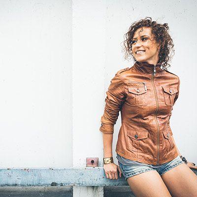 young songstress lenny pojarov - HD1600×1067